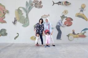 Pasar Kontemporer Sarijadi Bandung bersama Sahabatku