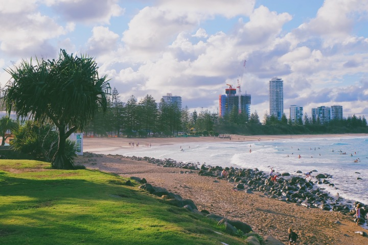 Menanti malam di Burleigh Head Beach, Gold Coast