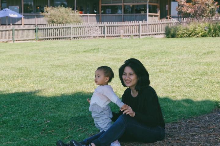Bersantai bersama Sophia di Churchill Island, Australia
