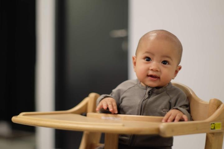 Yamatoya SukuSuku High Chair, a New Art-piece atHome